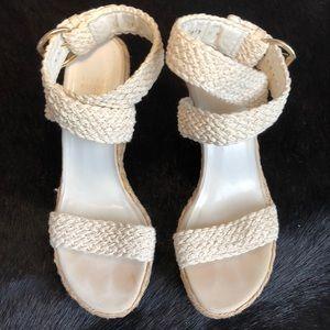 STUART WEITZMAN White Wedged Sandals 👡 9 1/2